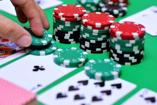 Why it's Hard for Gamblers to Stop Gambling